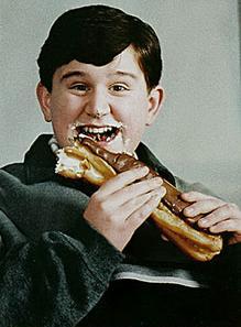 Dudley eating.jpg