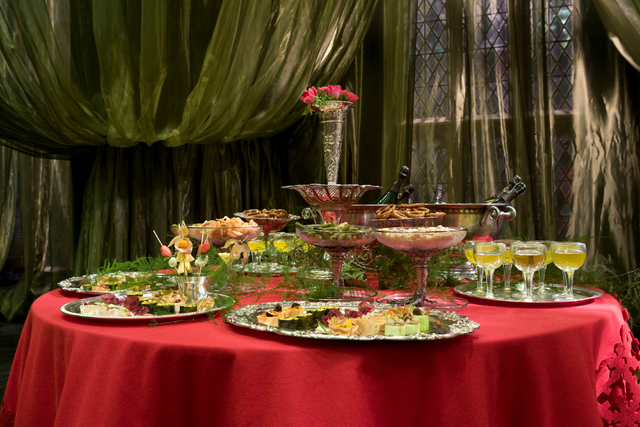 File:Slughorn Christmas food table HP6.png