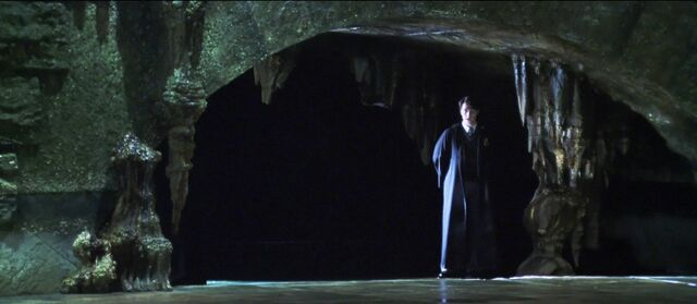File:Tom in the Chamber.jpg