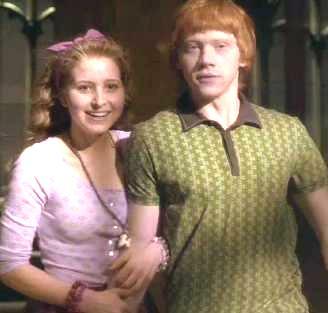 File:Lavender Brown and Ron Weasley 01.jpg
