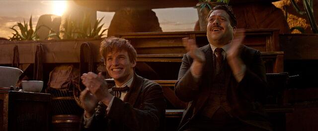 File:Newt Jacob clapping Fantastic Beasts CC Trailer.jpg