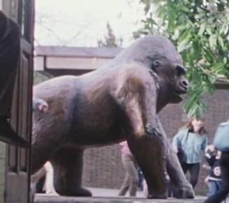 File:GorillaStatue.png