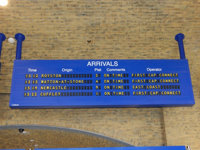 File:King'sCrossArrivals.png