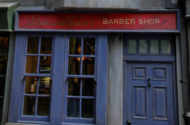 File:Weeoanwhisker's Barber Shop.png