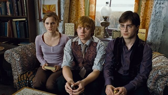 File:The-Golden-Trio-harry-ron-and-hermione-19277664-750-427.jpg