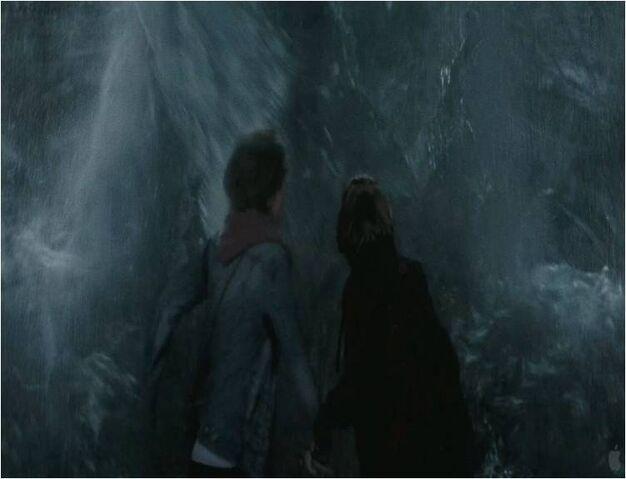 File:El tsunami de la copa.jpg