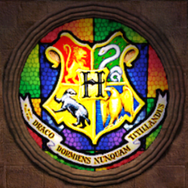 HogwartsCrestStainedGlassWindow