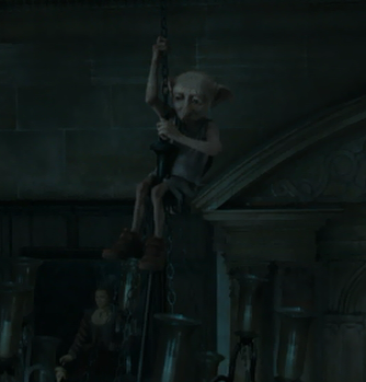 File:Dobby lostening the chandelier.png