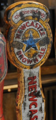 File:NewcastleBrownAle.png