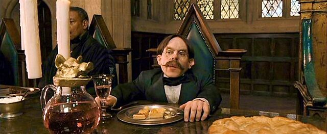 File:Flitwick at feast.jpg
