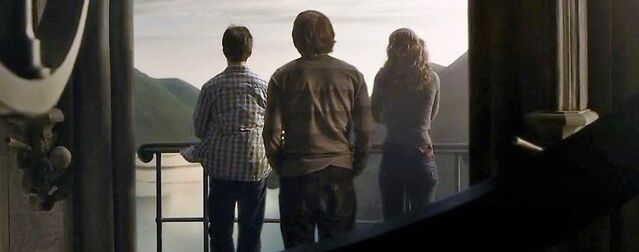 File:Harry-potter-half-blood-trio.jpg