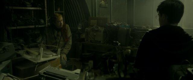 File:Harry-potter-half-blood-movie-screencaps.com-9053.jpg
