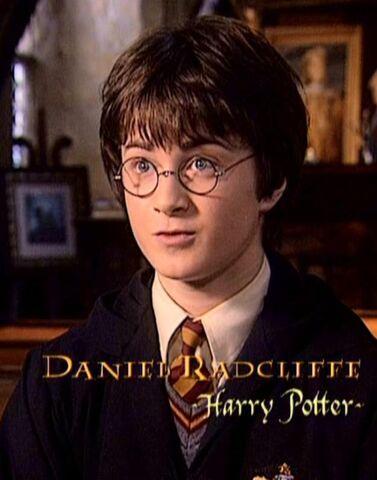 File:Daniel Radcliffe (Harry Potter) HP2 screenshot.JPG