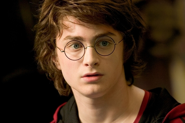 File:If-harry-potter-characters-had-tinder-2-11357-1422459278-1 dblbig.jpg