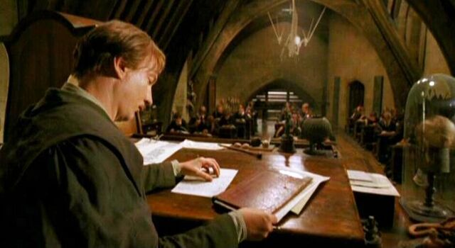 File:Remus Lupin at Defence Against the Dark Arts class.jpg