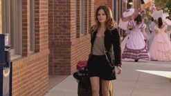 Normal Hart of Dixie S01E01 Pilot 720p WEB DL DD5 1 H 264 CtrlHD mkv0515