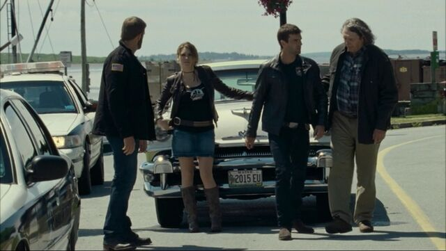 File:Dwight,Audrey,Nathan,Vince.jpg