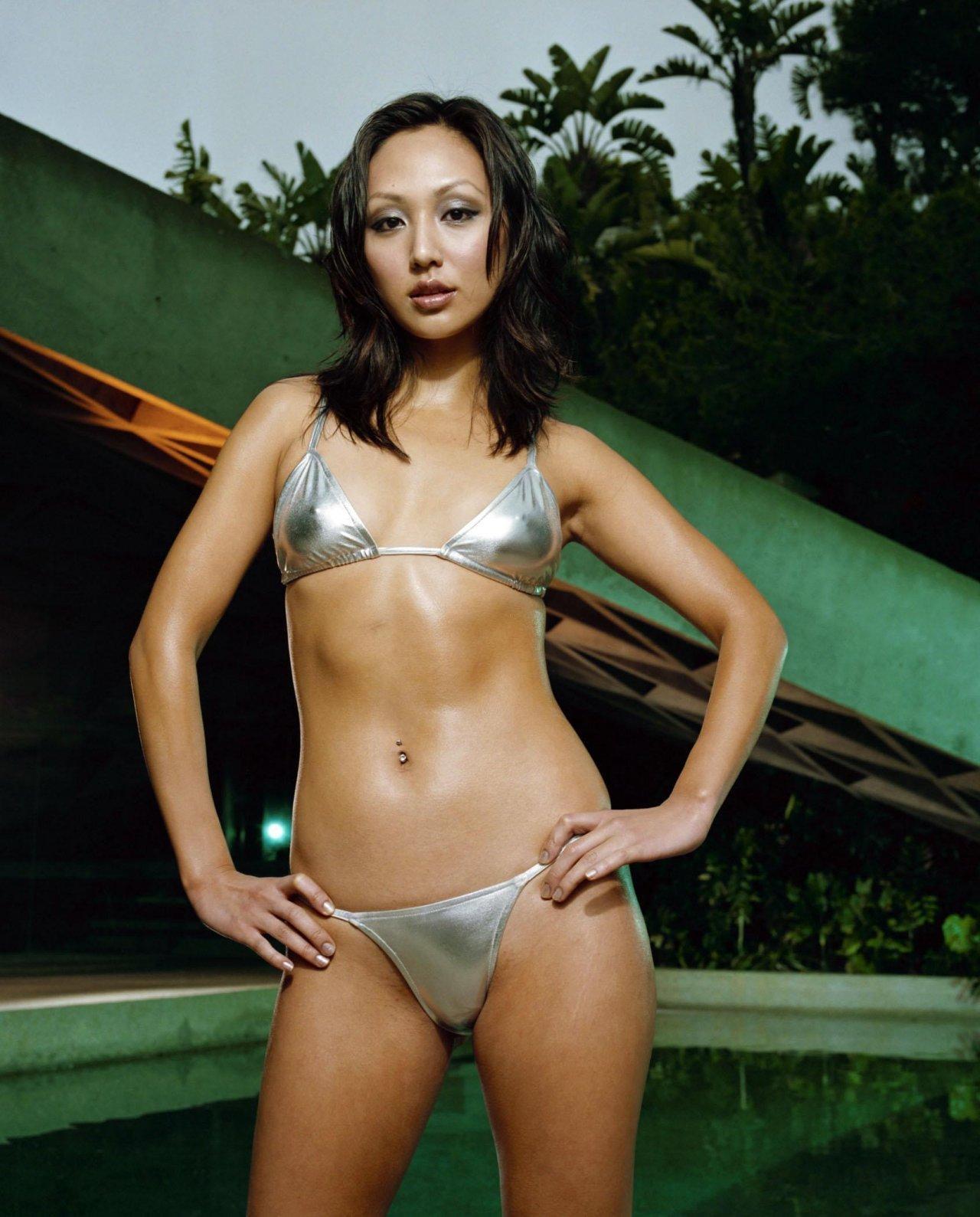 Amy Acker Bikini who would u rather - linda park vs amy acker