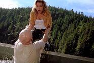Lori tries to help Jason