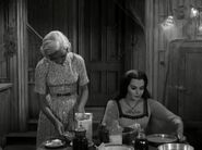 Munsters 1x04 002