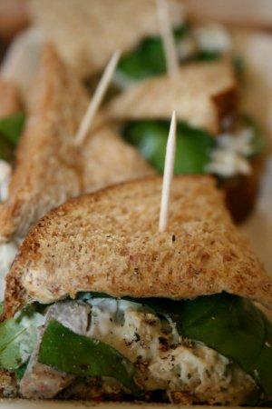 File:Basil Pesto Chicken Sandwiches.jpg