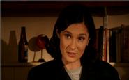 Amanda Pointer as Elizabeth Morton