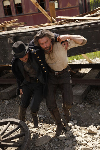 File:Bolan-and-Cullen-Bohannon-in-Episode-4-hell-on-wheels-27169854-357-535.jpg