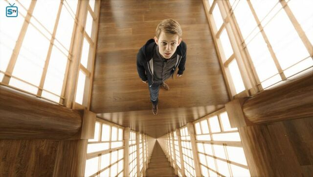 File:1x13 Tommy looking up.jpg