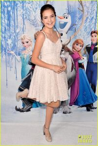 Neil-patrick-harris-frozen-premiere-with-the-family-04