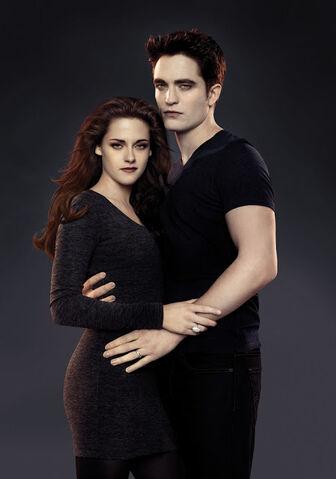 File:Bella y Edward.jpg