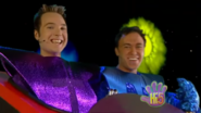 Boys Hi-5 Base To Outer Space