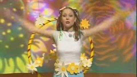 Charli Flower Power