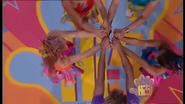 Hi-5 Rainbow 'Round The World 5