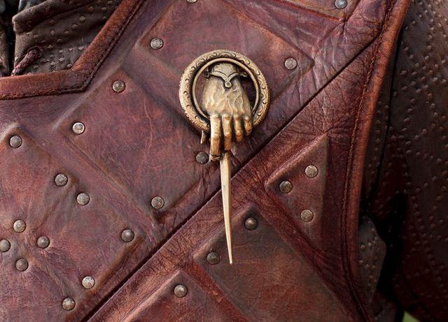 Archivo:Eddard mano.jpg