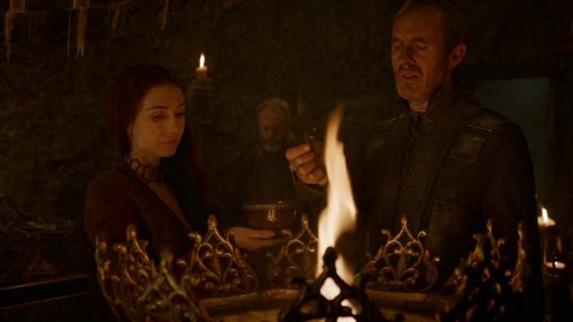 Archivo:Stannis sanguijuelas HBO.jpg