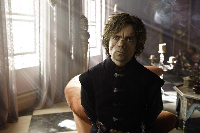 Archivo:Tyrion Lannister T3 HBO.jpg