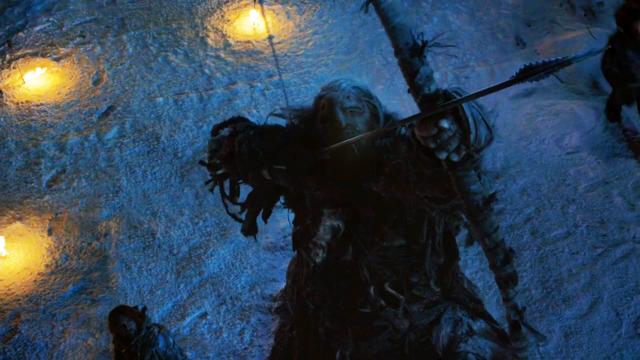 Archivo:Gigante ataca el Muro HBO.png