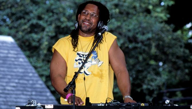 DJ Kool Herc, Penemu Musik Hip Hop yang Terlupakan - KINCIR.com