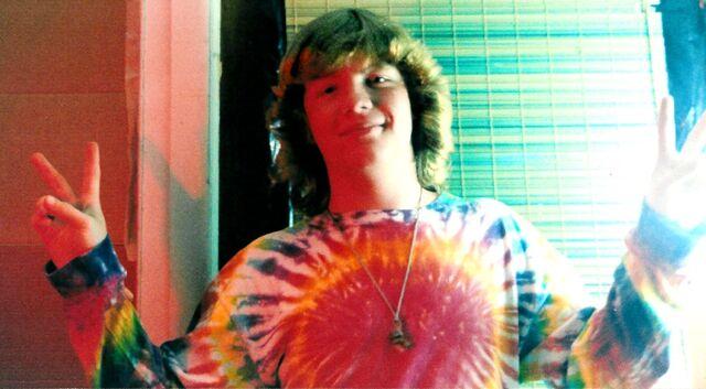 File:Tie-dye hippie.jpg