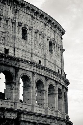 File:Il Mito di Roma - Colosseo.jpg
