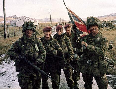File:Falklandsdm1305 468x357.jpg