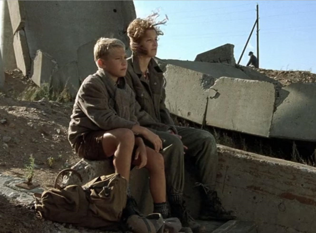 File:Peter and Traudl before leaving Berlin.png