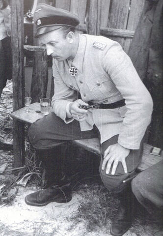 File:Fegelein Thinking.jpg
