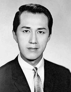File:Lam Bun portrait.jpg
