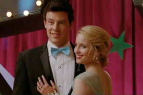 With-Finn-on-the-Prom-quinn-fabray-21703513-395-263
