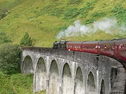 File:HE train.jpg