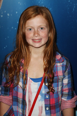 File:Maisie smith.png