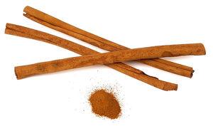 800px-Canelle Cinnamomum verum Luc Viatour crop1