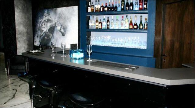 Fil:Black Diamond Oslos bar.jpg