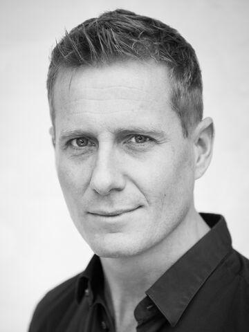 Fil:Frode-Winther-skuespiller-2.jpg